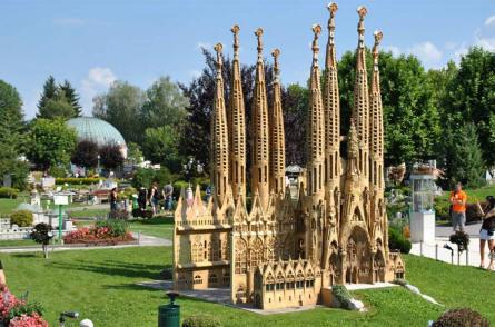 The unique Sagrada Fam�lia church from Barcelona (Spain) displayed at the Minimundus miniature park in Klagenfurt.