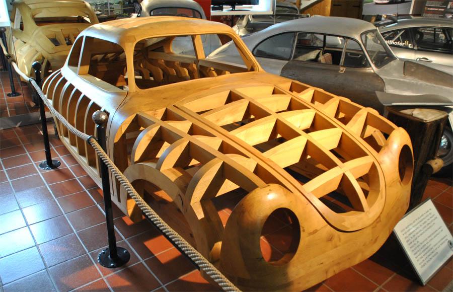 Porsche museum - Helmut Pfeifhofer - Austria - euro-t-guide - What ...