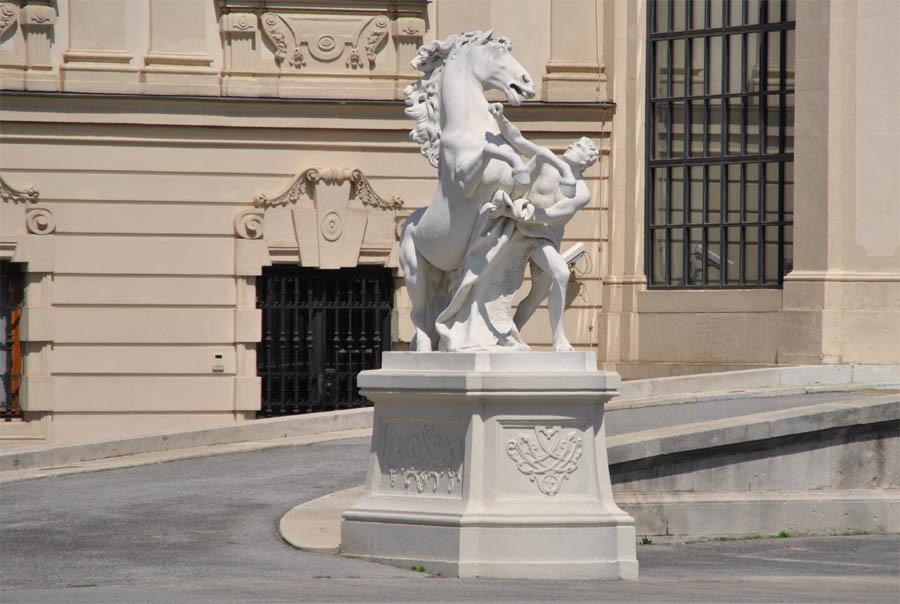 gates of vienna - 900×604