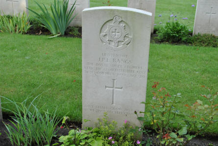 The grave of Lieutenant J. P. L. Bangs (killed in November 1944)  at the Geel War Cemetery.
