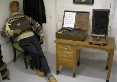 "A primitive ""printing shop"" for creating illegal newspapers displayed at the Aarhus Occupation Museum."