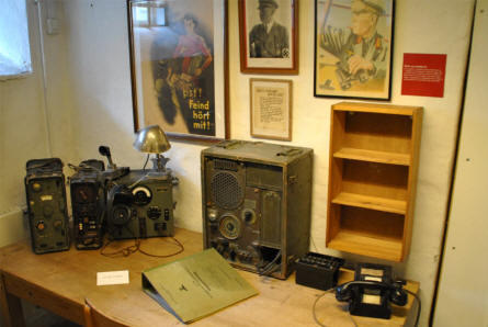 German World War II radio equipment displayed at the Aarhus Occupation Museum.