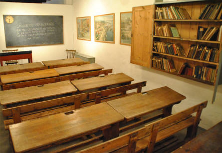 A old class room displayed at the Herning Museum.