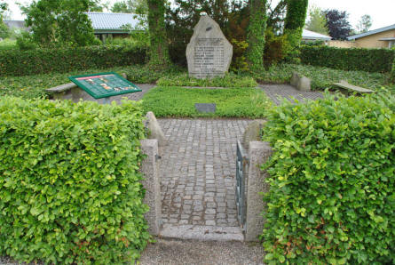 A memorial grove close to the Hvidsten Kro (Inn). This memorial stone is raised in memory of the 8 members of the Hvidsten Group that was killed by the Germans.