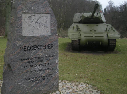 A special stone at the Danish Soldiers Memorial - at Rindsholm Inn - celebrates the soldiers that have died or was injured during peacekeeping missions.