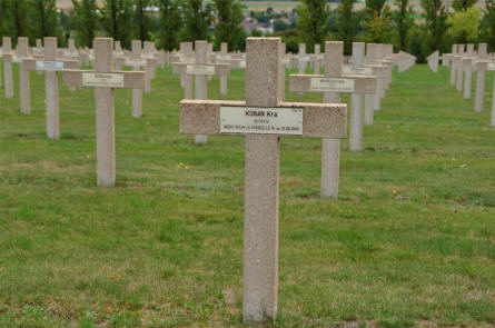 Some of the many French World War I & II graves at the Verdun-Bevaux French Cemetery in Verdun. The soldier in front was killed in 1940.
