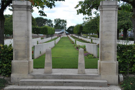 The entrance to the Daours Communal Cemetery Extension.