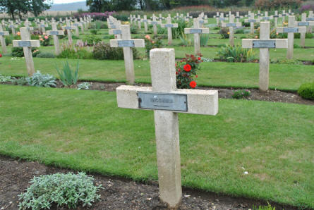 "One of the many French ""Unknown"" graves at the Thiepval Memorial."