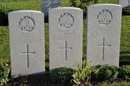 Some of the World War I Australian war graves at the Villers-Bretonneux Military Cemetery (Amien).