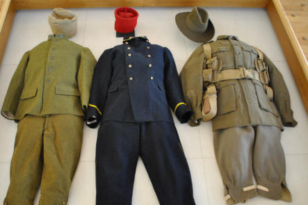Different types of World War I uniform displayed at the Museum of the Great War 1914-1918 in Péronne.