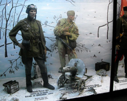 Russian World War II soldiers displayed at the World War II Museum - Ambleteuse.