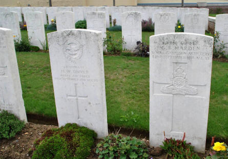 The World War I grave of Lieutenant H. W. Driver (Royal Air Force - killed on the 19th of September 1918) and Gunner G. B. Harden (killed on the 22nd of September 1918) at the Windmill British Cemetery in Monchy-le-Preux - just east of Arras.