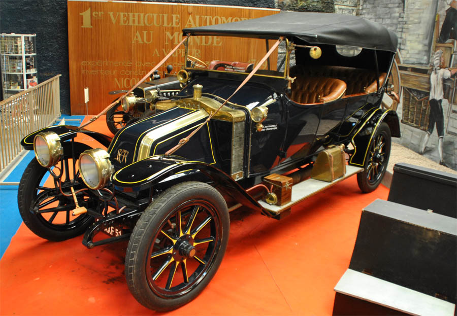 automobile museum reims champagne euro t guide what to see france 1. Black Bedroom Furniture Sets. Home Design Ideas