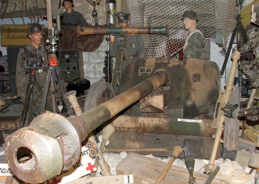 Les musées en Normandie et  du Nord de la France Omaha_D-Day_museum-2006-13