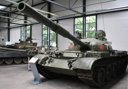 "A Russian ""Cold War"" T-62 tank displayed at the Panzer Museum in Munster."