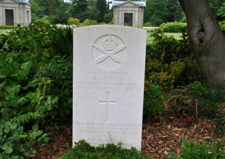 The World War I grave of Private S. Rumsey at the Hamburg War Cemetery.