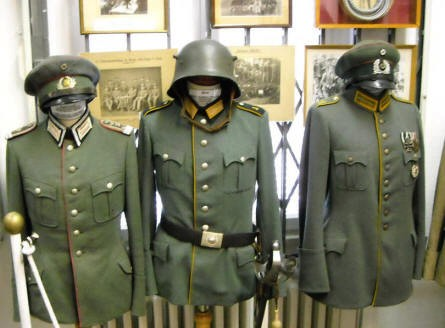 German World War I uniforms at the Celler Garrison Museum in Celle.