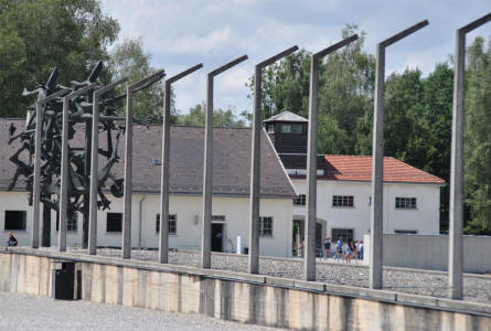 Dachau Concentration Camp Memorial Site - Munich/M�nchen - Germany - European Tourist Guide - euro-t-guide.com