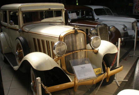 A 1932 Durant displayed at the Motorisation Museum at in Otrębusy.