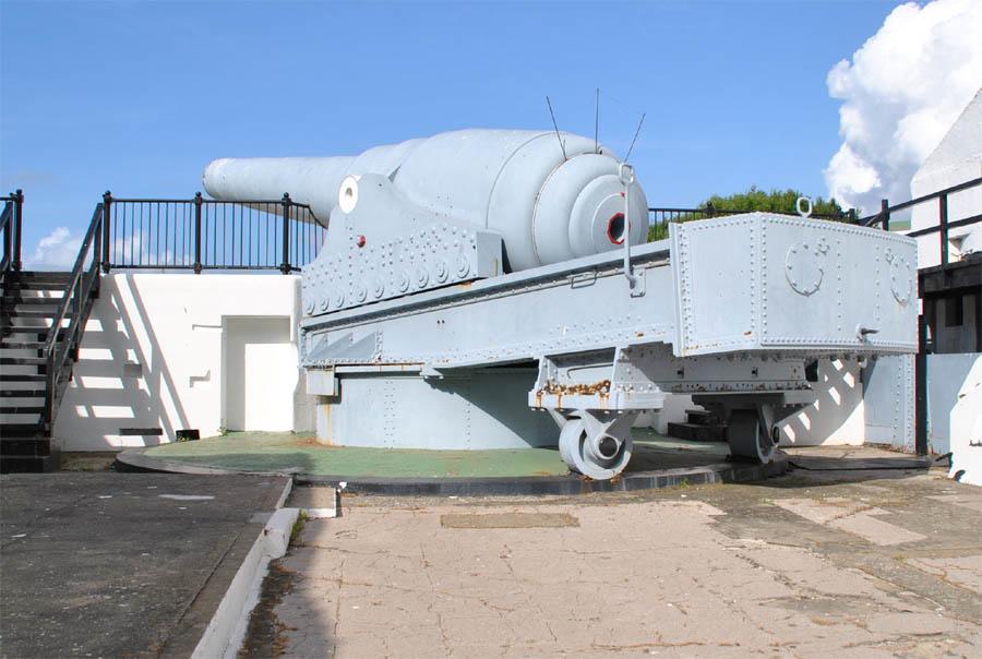 100-ton gun