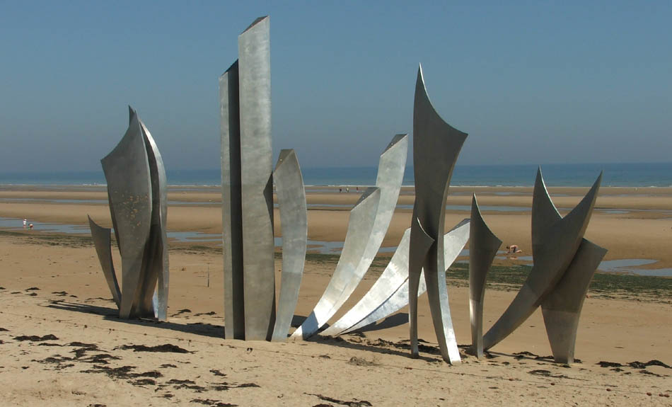 A Modern D Day Memorial At Omaha Beach Some Like It Others